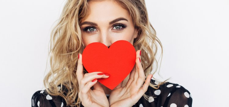 Valentine's Day Makeup and Beauty Tips