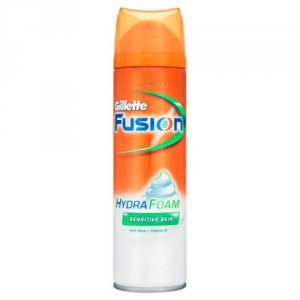 Gllette Fusion HydraFoam Sensitive Skin 200ml