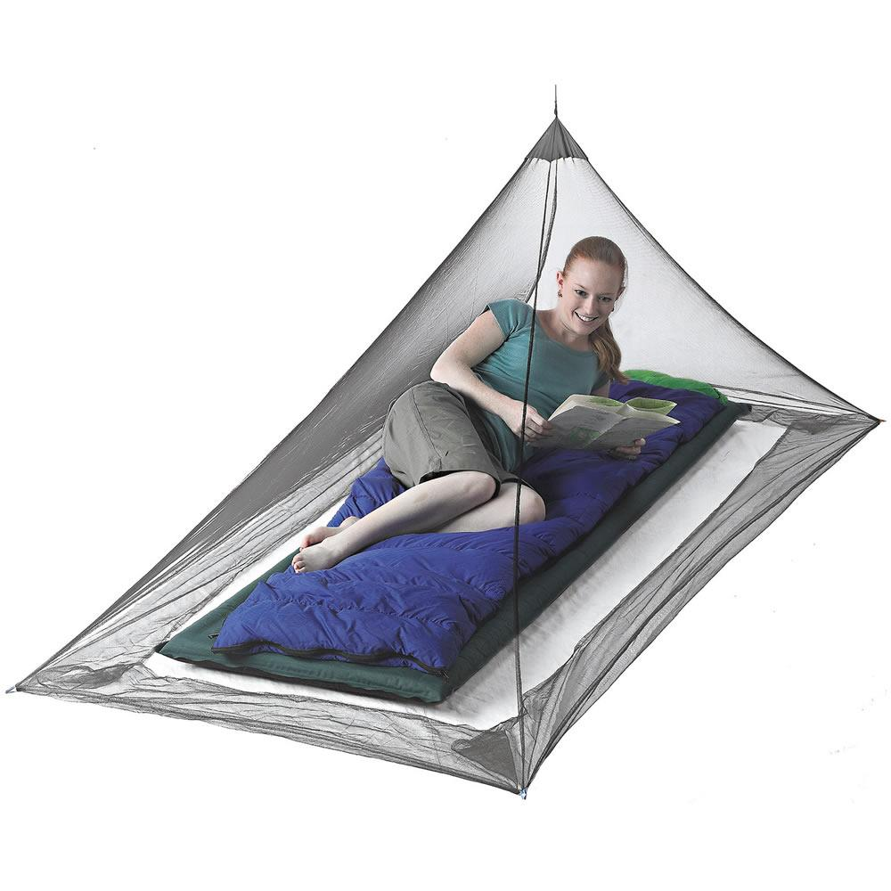 Pyramid Premium Wedge Mosquito Net Single
