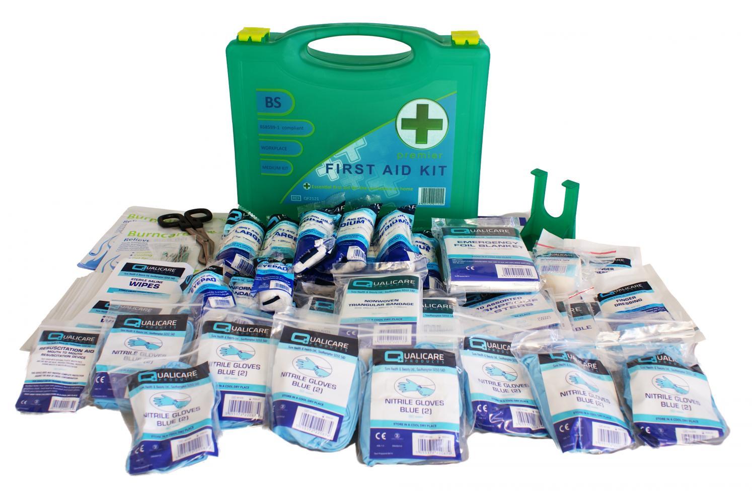 Qualicare Premier First Aid Kit - Medium